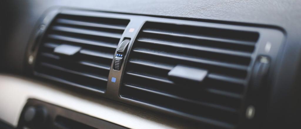 Janelas abertas ou ar-condicionado ligado: Como economizar combustível?
