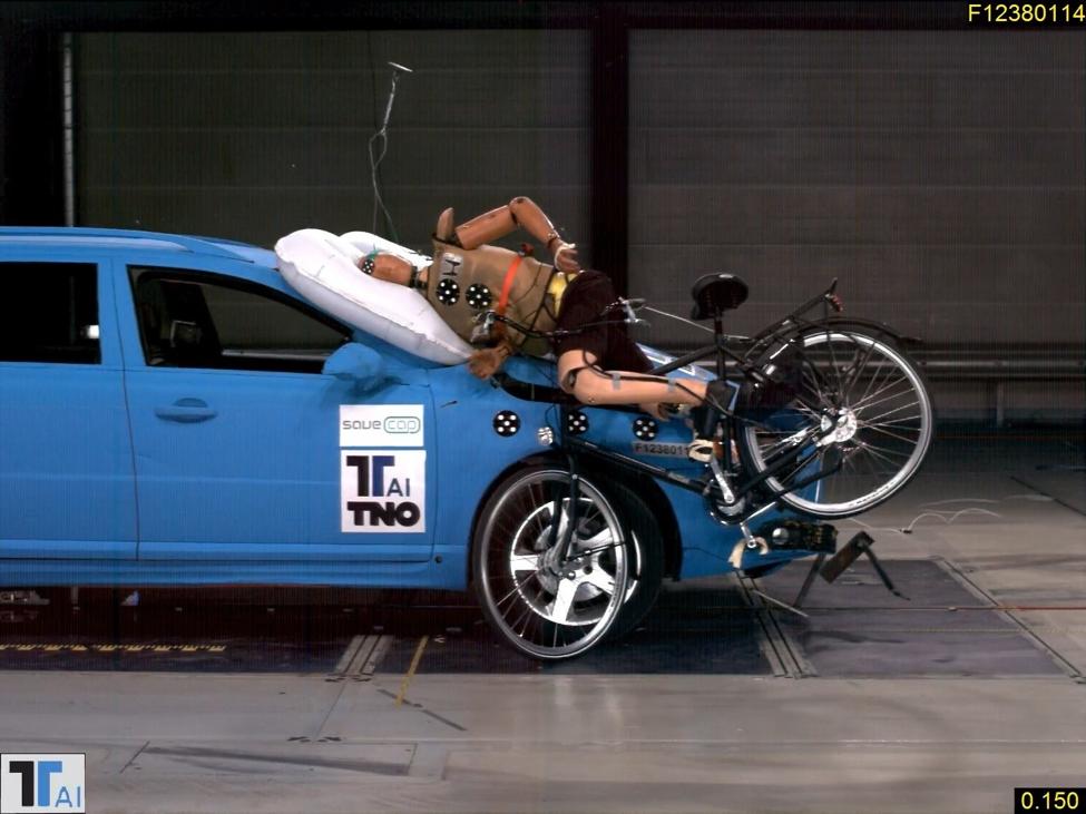 Airbags externos - As 5 tecnologias que irão reduzir os acidentes nas ruas