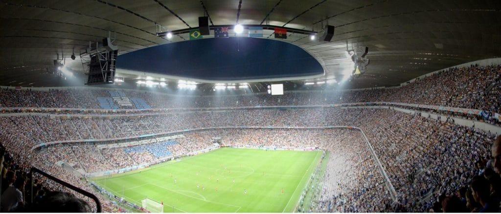 imagem futebol - Jogos do Brasil na Copa: motoristas dirigiram 40% menos