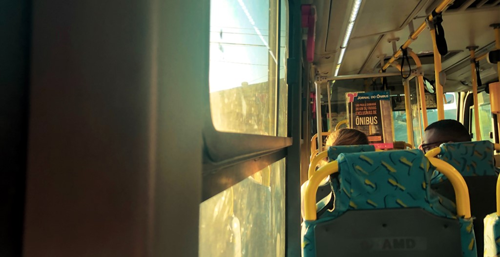 ônibus meio de transporte mais seguro