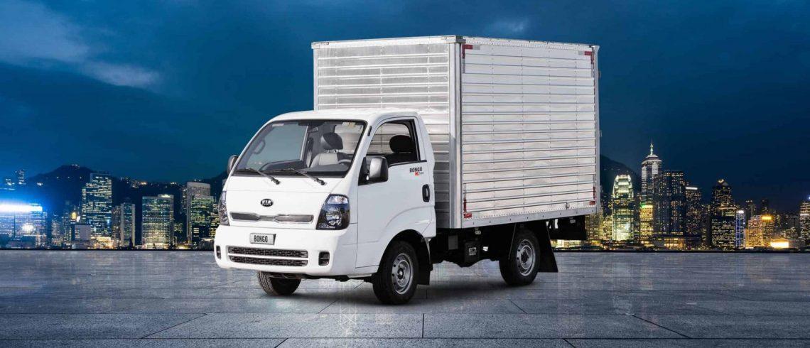 caminhão de baú pequeno